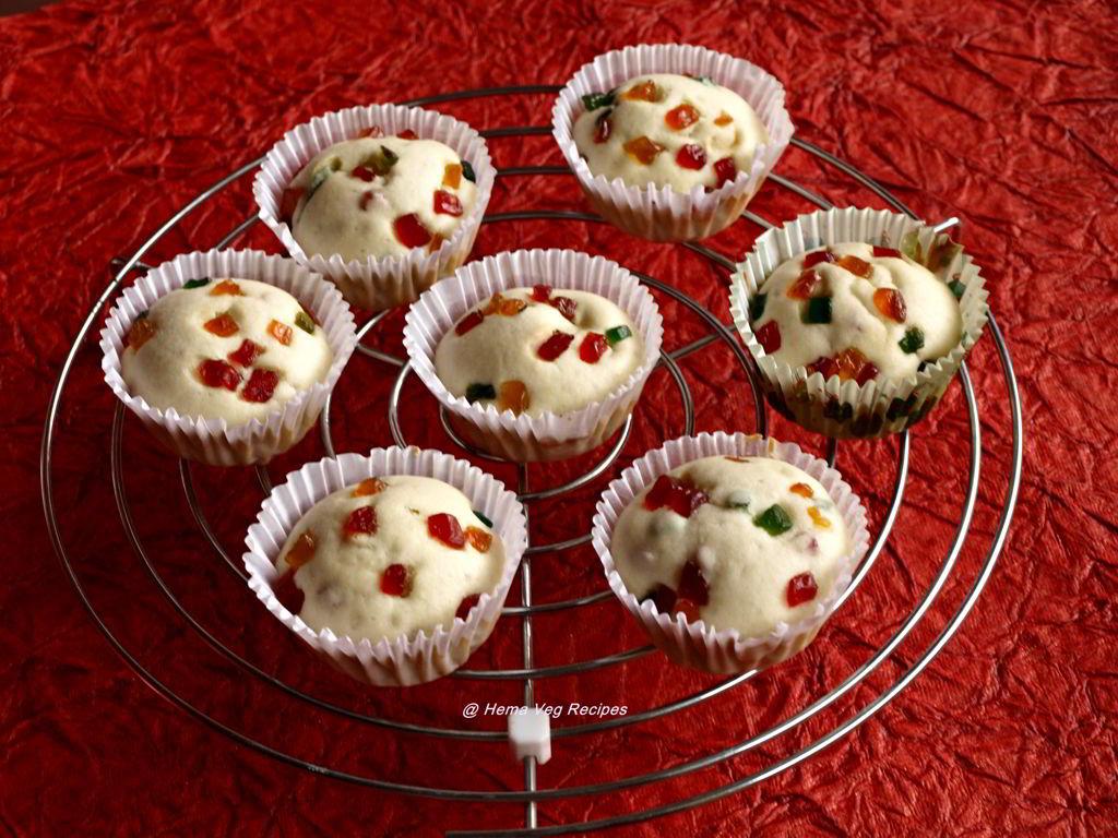 Eggless Vanilla Tutti Frutti Muffins